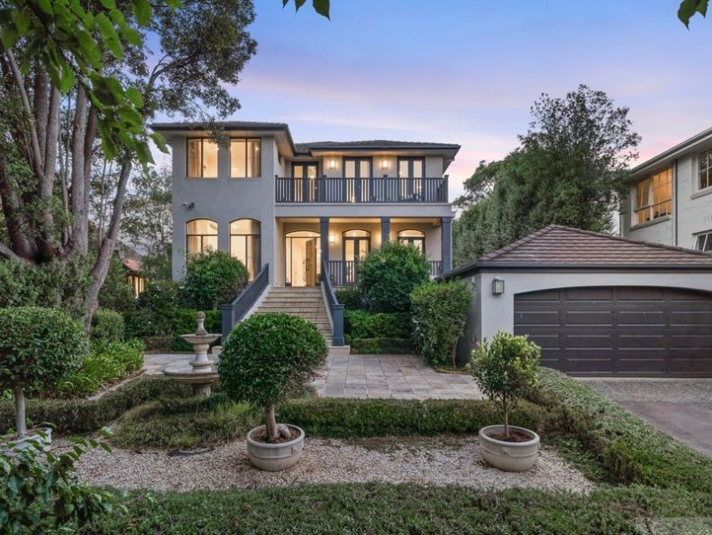9 Ferncroft Avenue, Malvern East, VIC