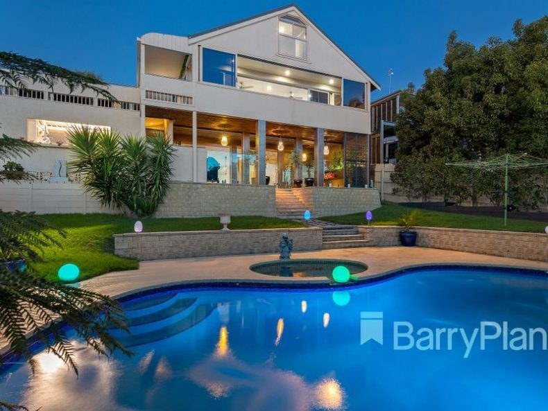 3 Morven Street, Mornington, VIC