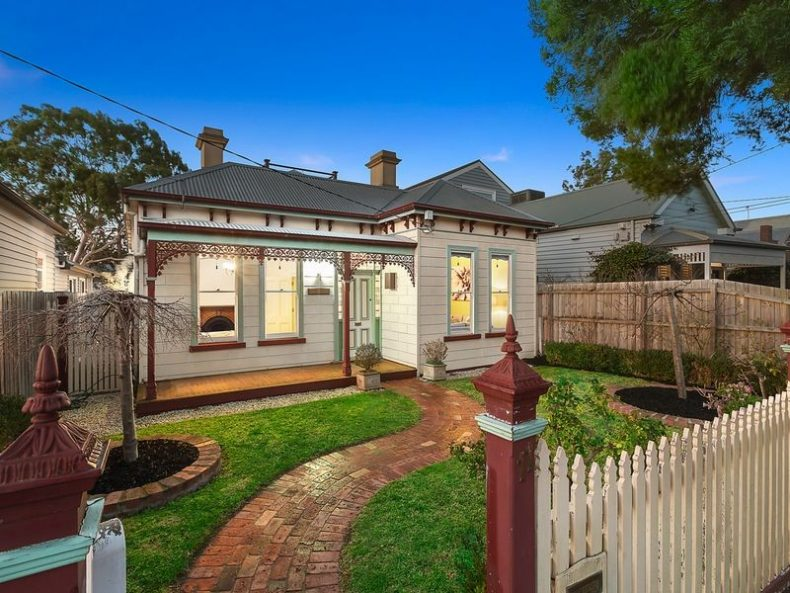 11 Ferguson Street, Brighton East, VIC