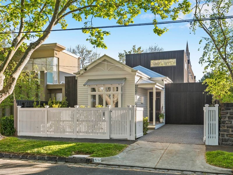 10 Collins Street, Brighton, VIC
