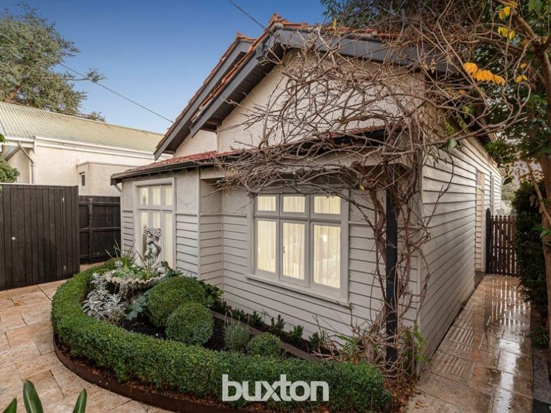 4 Edmanson Avenue, Brighton, VIC