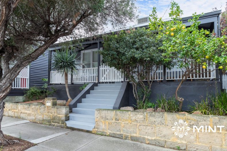 29 Thompson Road, North Fremantle, WA